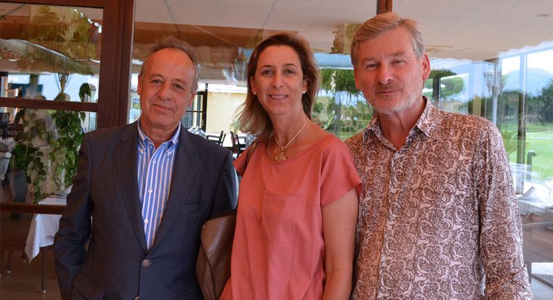 EN BUENA COMPAÑÍA. Buen ambiente el registrado durante la celebración de las Bodas de Plata del Club de Golf. En la imagen, José Ruiz (izquierda), director general Hipotels, Dusan Ocepek, director comercial de Hipotels e Isabel Domecq.