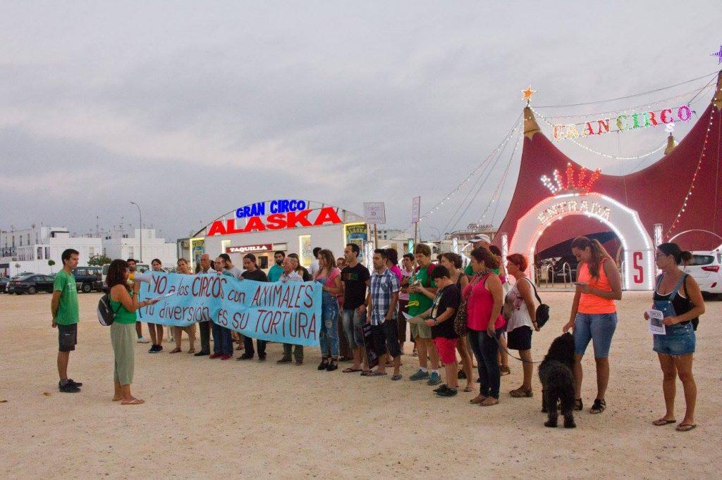 concentracion-circo-alaska-29-7-2016_2