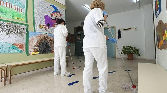 Emsisa gestionará la limpieza de colegios