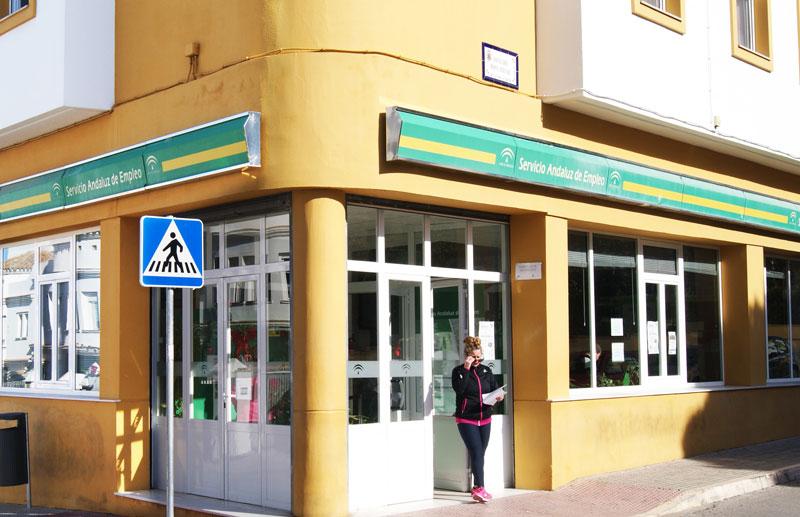 La cifra de desempleados en el municipio supera las 14.000 personas.