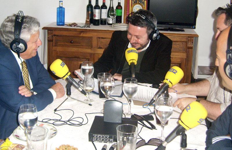 Un momento durante la entrevista realizada al alcalde, Ernesto Marín.