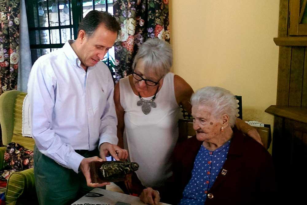 Petra Barbosa en su 109 cumpleaños