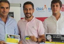 Nicolás Rodríguez junto a los responsables municipales.
