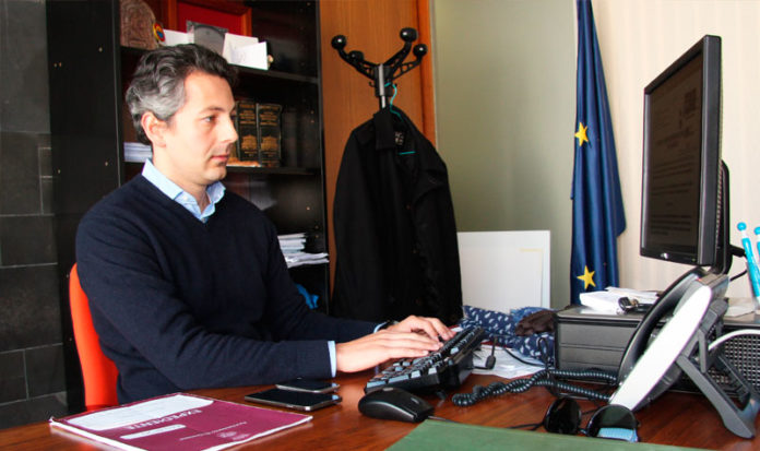El portavoz asegura que Chiclana está en línea ascendente.