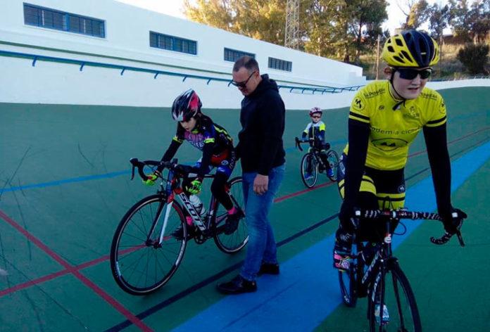 Los más pequeños aprenderán sobre la pista dirigidos por Moreno Periñán