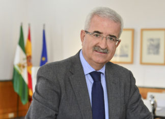 Manuel Jiménez Barrios será vicepresidente de la Junta hasta la celebración de las elecciones autonómicas.